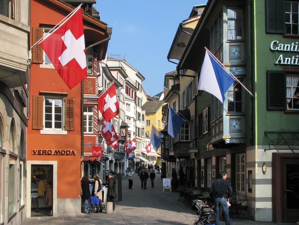 Aiuto cuoco in svizzera a zurigo for Lavoro per architetti in svizzera