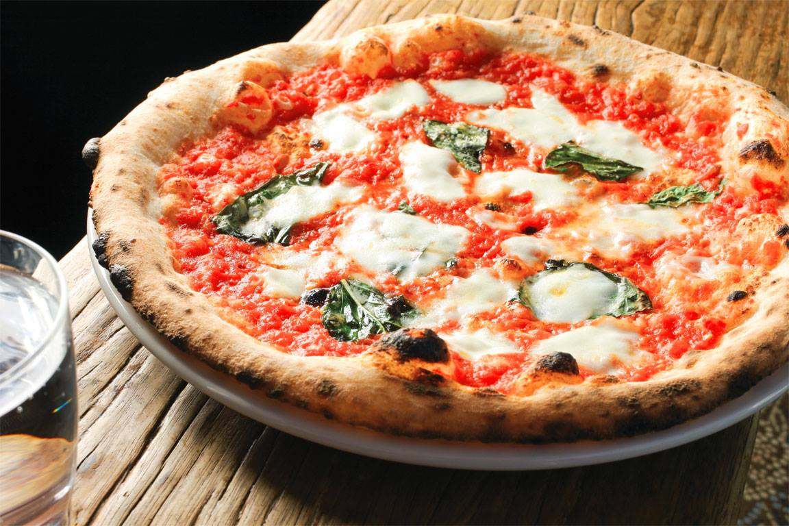 cercasi pizzaiolo nel trentino alto adige - thegastrojob.com - Cucina Trentino Alto Adige