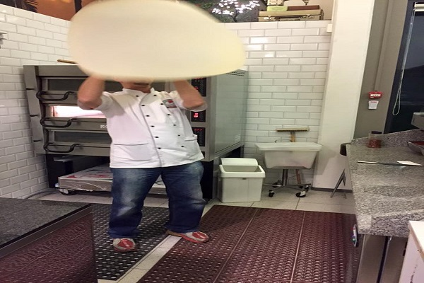 Pizza maker in Oslo wanted
