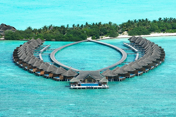 Top 50 hotel jobs in Maldives-resort-hospitality-luxury-career