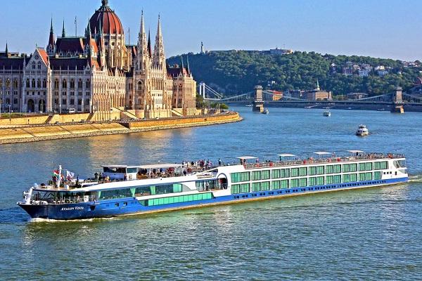 Danube River Cruise Ship Job In Slovakia Thegastrojobcom - Danube cruise