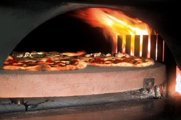 cercasi pizzaiolo su forno rotante
