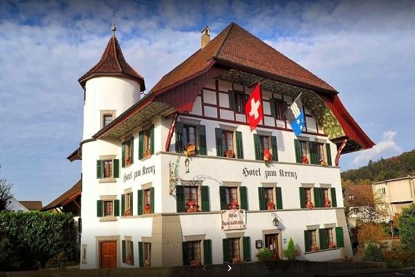 Lavoro a Lenzburg in hotel