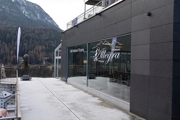Cercasi pizzaiolo-cuoco a Graubünden-Scuol